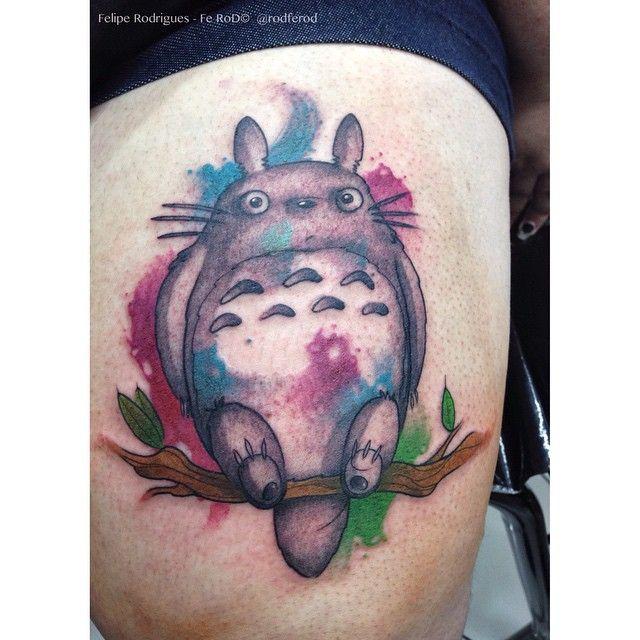Mais um Totoro   Tatuagem de amizade feita entre a  @shernoville e sua amiga Mayara haha  #tattoo #tattooart #ferod #anime #enimestattio #totoro #watercolor #watercolortattoo #aquarela #aquarelatattoo #ghibli #desing #ink #electricink #electricinkbrazil