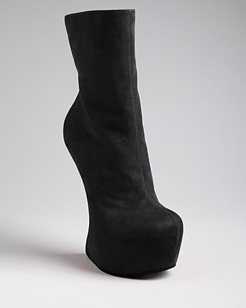 0fd3283626cf Giuseppe Zanotti Boots - Cristy Sculptural