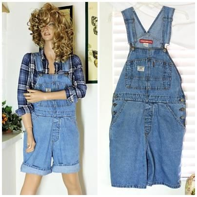 51279a2ba45 Denim overall shorts   size M   vintage 90s unionbay faded
