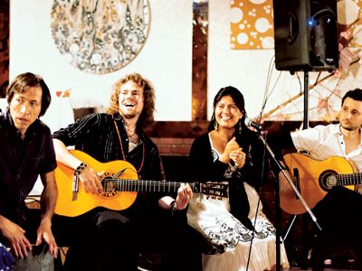 Flamenco Juerga Toronto founder Dennis Duffin, middle, jams with friends.