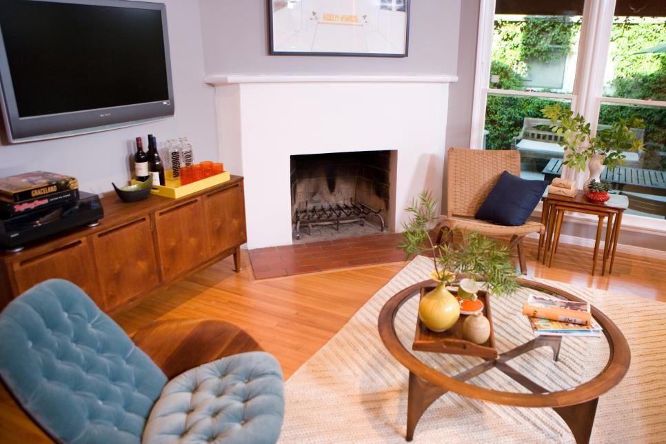 Rooms Viewer   HGTV   Mid century modern living room ...