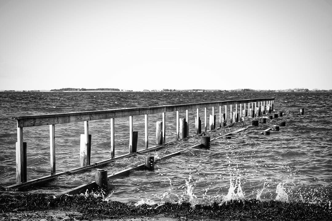 Højvande ved Aborg Strand #visitfyn #fyn #nature #visitdenmark #naturelovers #natur #denmark #danmark #dänemark #landscape #nofilter #assens #mitassens #vildmedfyn #fynerfin #assensnatur #vielskernaturen #visitassens #instapic #picoftheday #january #canon #natgeo #sky #winter #february #welovedenmark #winterindenmark