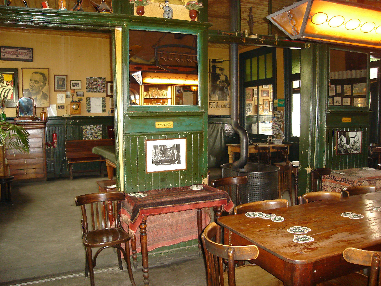 café Sligting, oud bruin café, Overveen | Cafe interieur | Pinterest