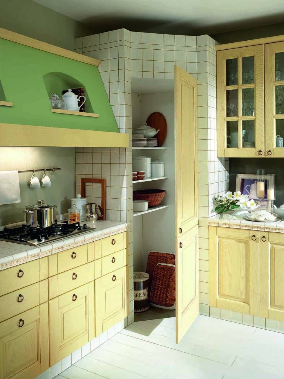 cucina-in-muratura-verde-e-bianca.jpg (979×1305) | kuchnia | Pinterest
