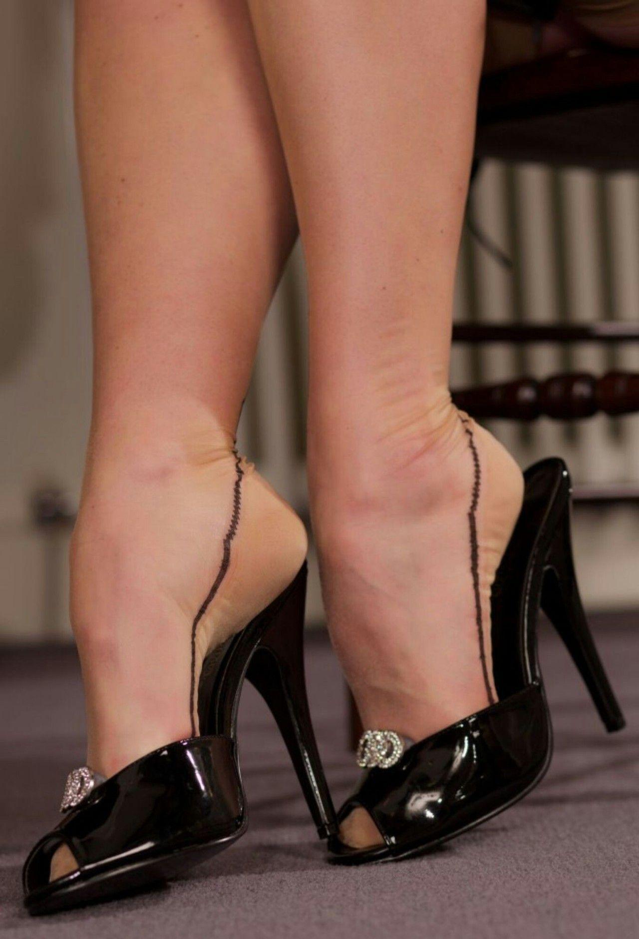 Zapatillas, Tacones, Zapatos Mules, Chatas, Zapatos De Tacón Negros,  Satinado Negro, Zapatos De Señoras, Pies Sexy, Medias De Nailon