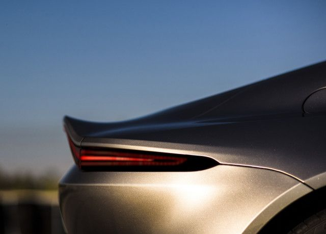 2019 Aston Martin Vantage Debuts With Bold Look Raucous V 8 The