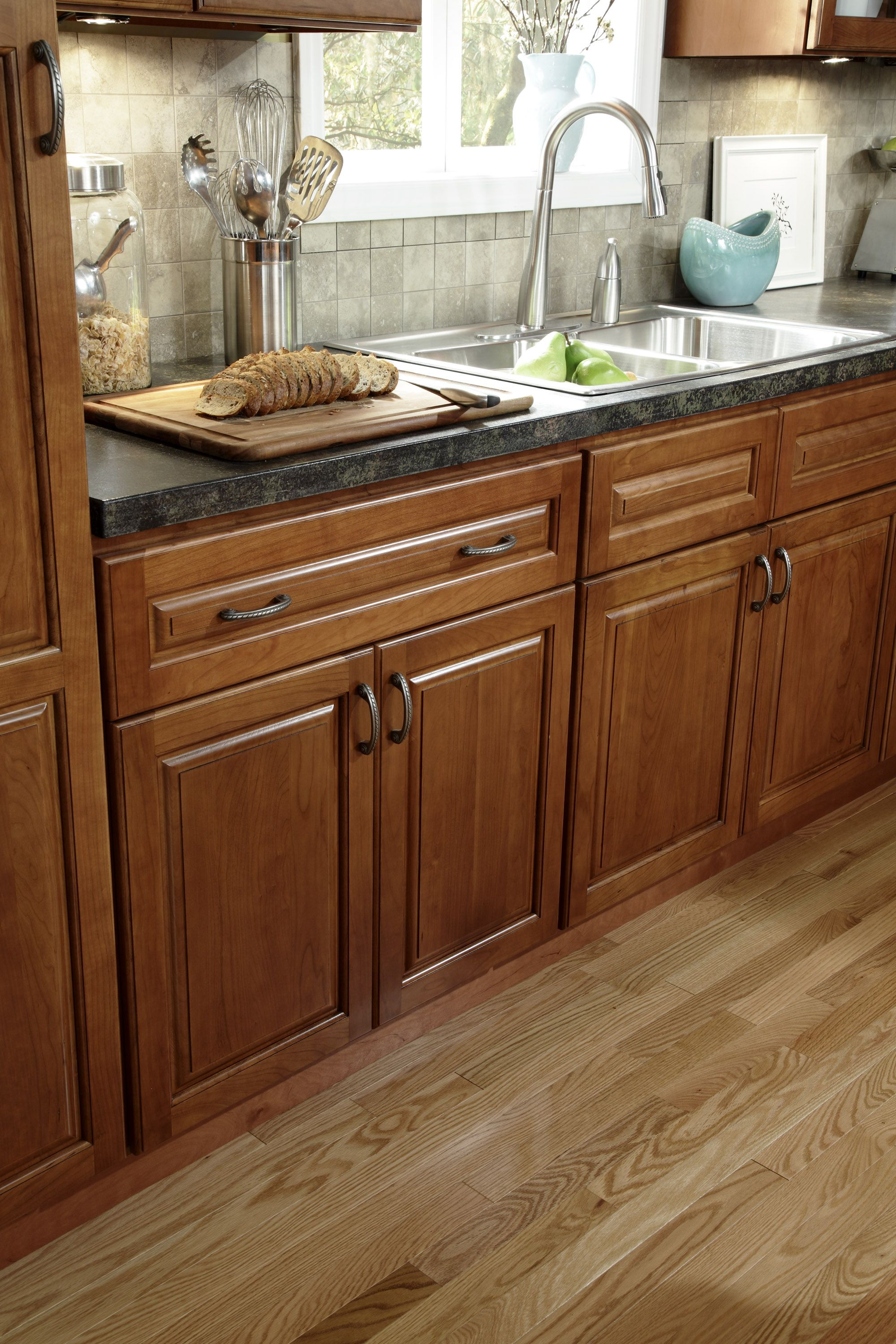 st moritz kitchen features solid american cherry wood frame. Interior Design Ideas. Home Design Ideas