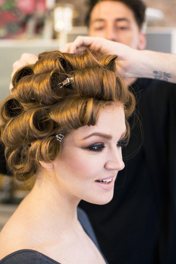 Bombshell Beauty Ann Street Studio Haar Styling Haar Pony Toupierte Frisuren