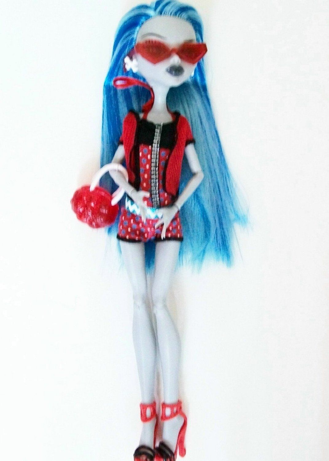 amazoncom monster high gloom beach ghoulia yelps doll toys games - Ghoulia Yelps