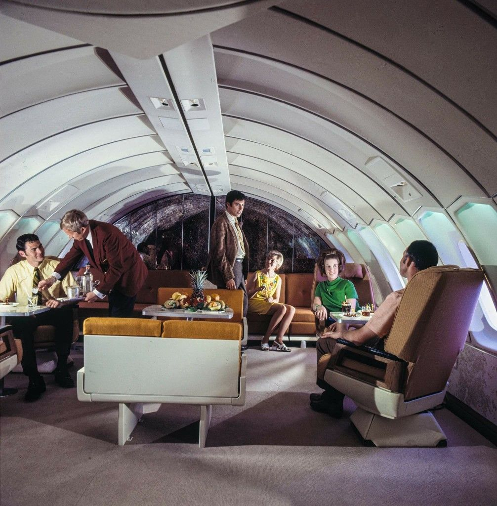 Sas Scandinavian Airlines Boeing 747b Huge Viking With Reference To The Old Norse Mythology Upper Deck First Class Lo Boeing 747 Boeing Vintage Airlines