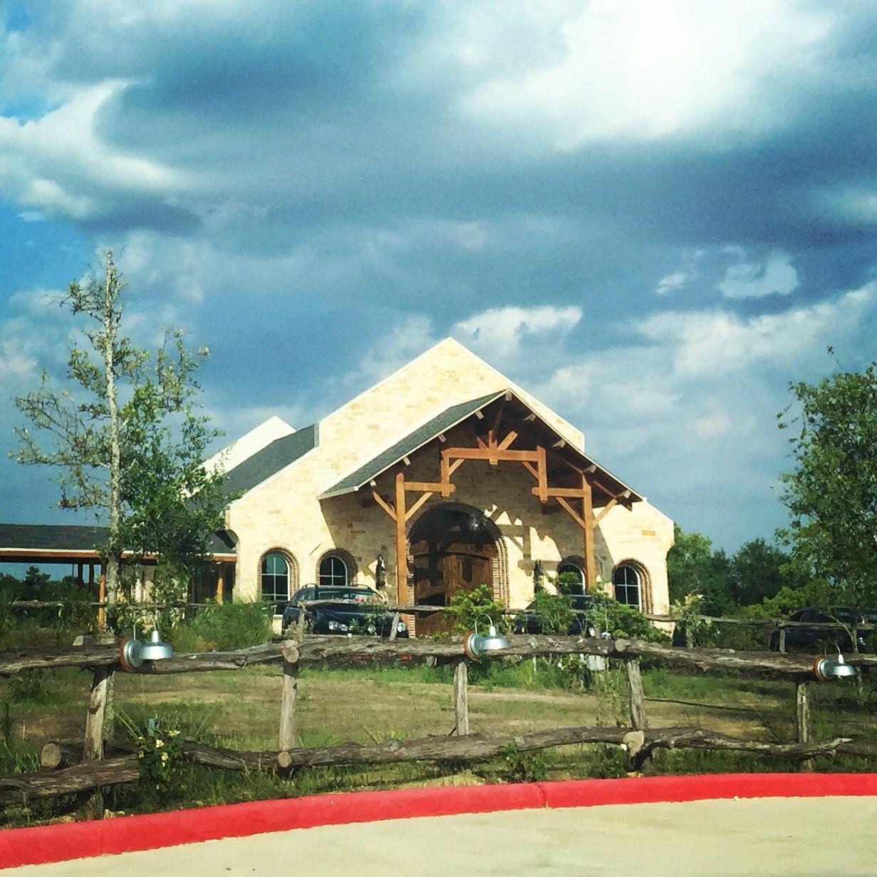 Lindsay Lakes Chapel Wedding Venue Cypress Texas