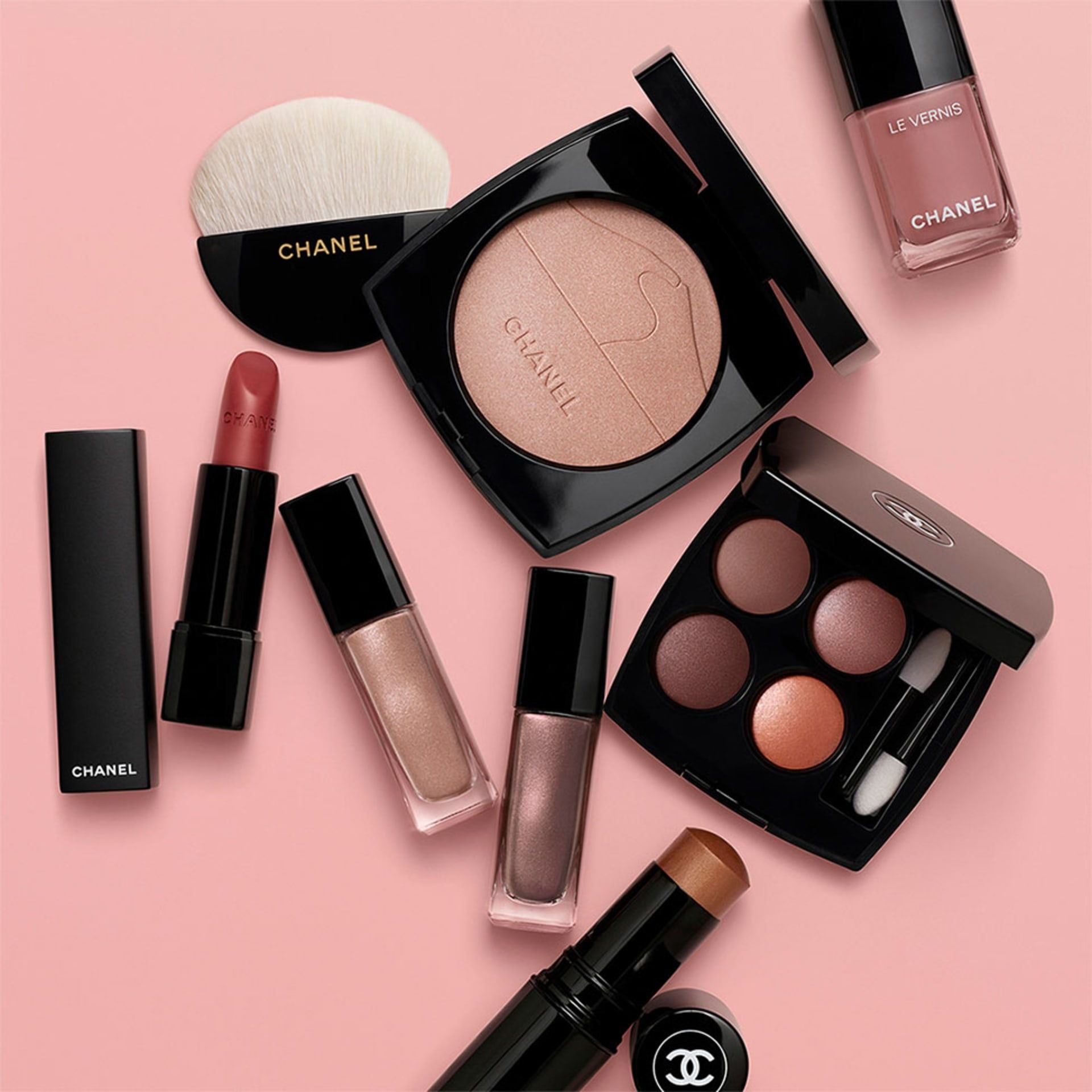 Pin by The E H S on Chanel Makeup collection, Chanel