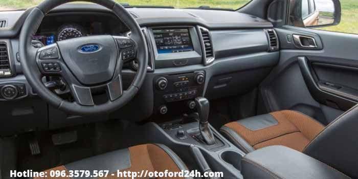 Nội thất Ford Ranger bán tải