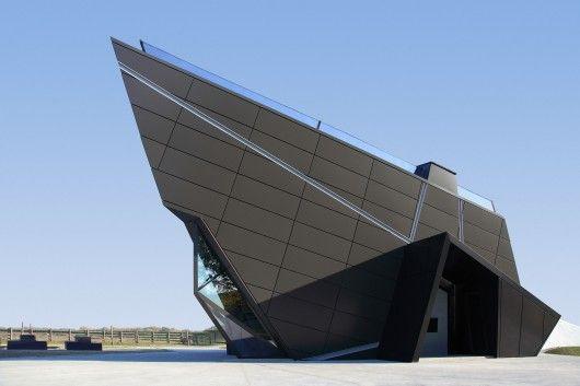 Architects: Claudiu Ionescu © Bogdan Iorgovan
