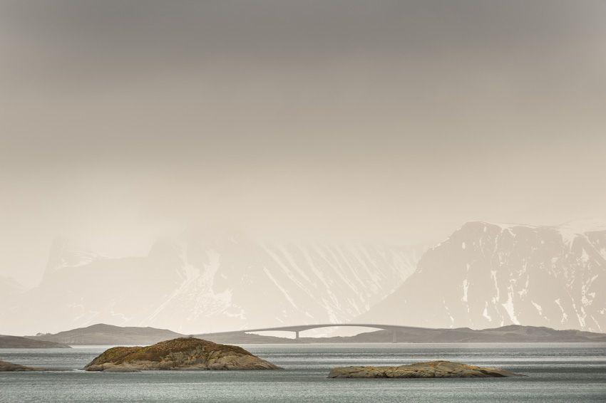 Norway / Lofoten series, by German photographer Thomas Eibenberger.