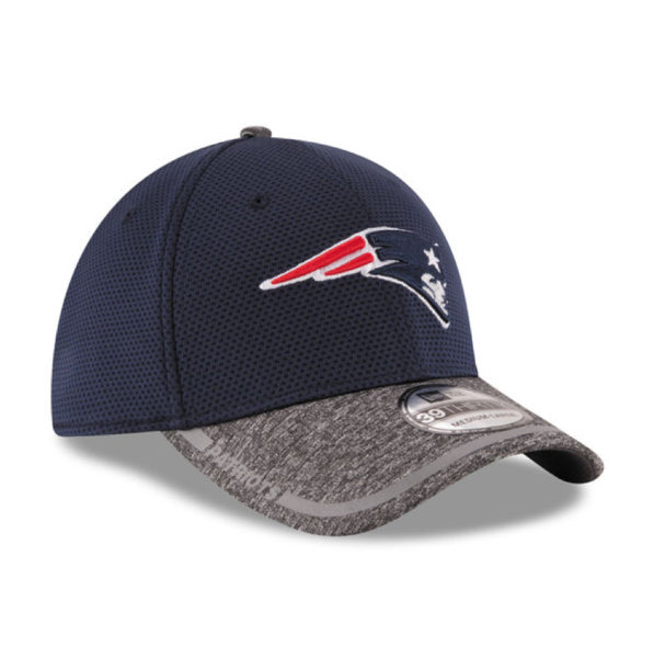cheap for discount 1dd7d 62837 Mens New England Patriots NFL16 On Field Training Camp 39THIRTY Flex Fit Cap