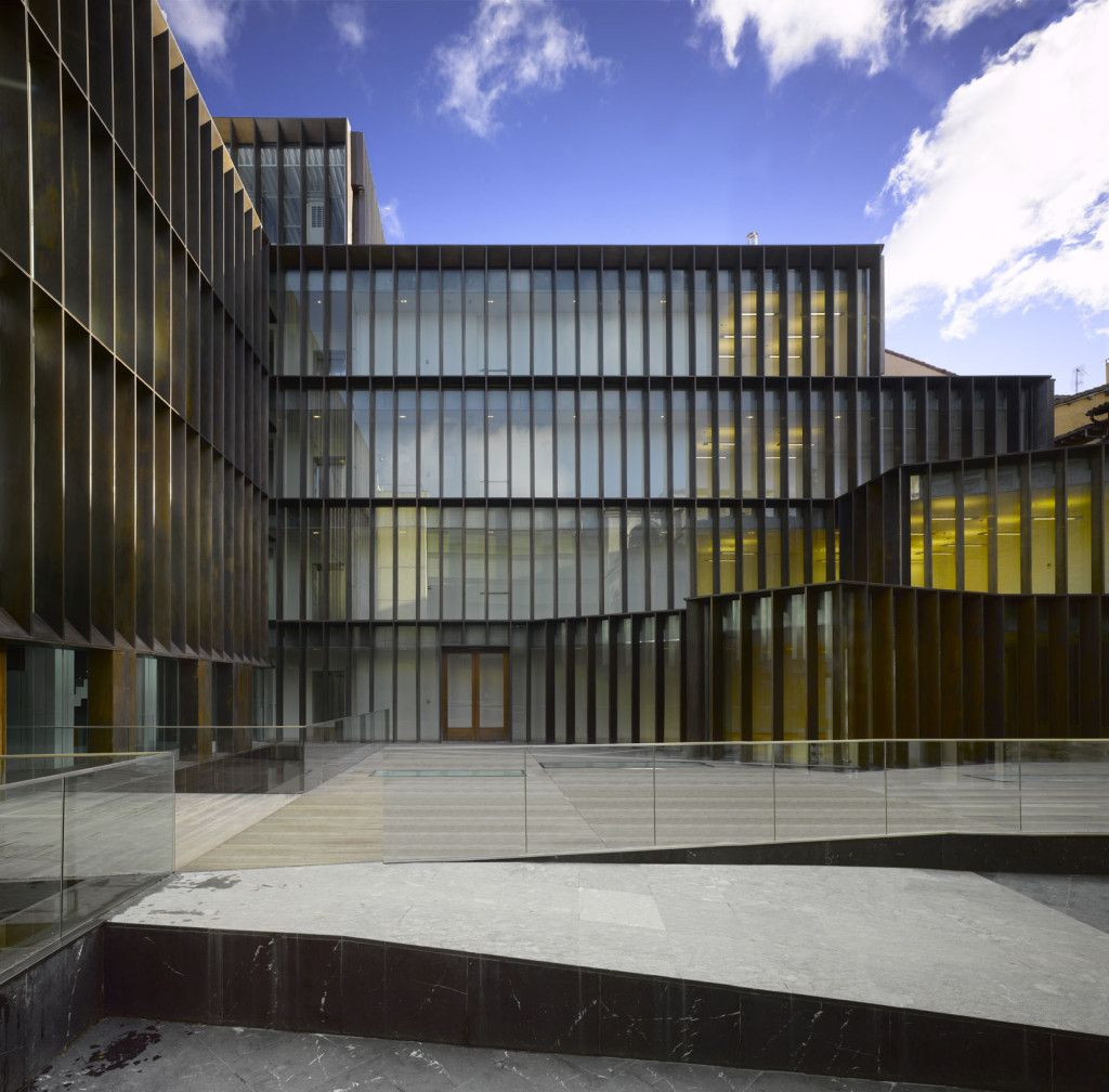 Museo arqueol gico de lava francisco mangado arquitecto fa ade arquitectura - Arquitectos en vitoria ...