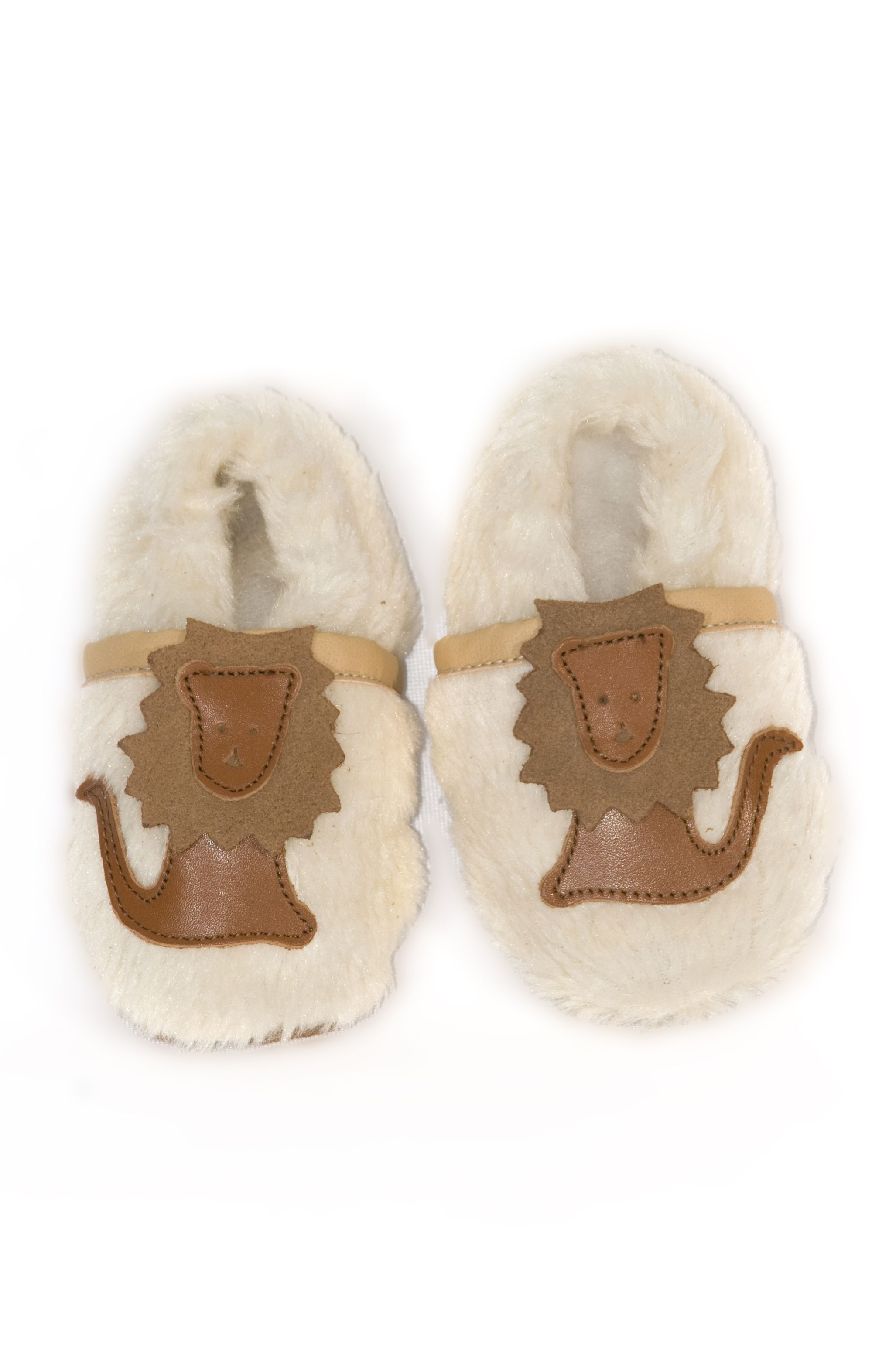 time to keep those precious little feet warm with African Footprints