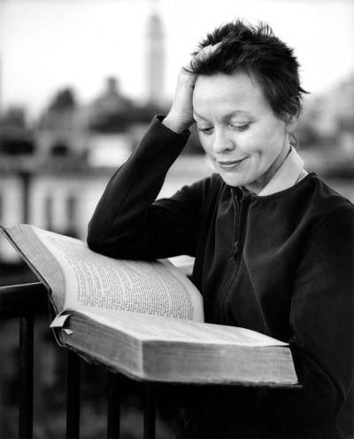 Clifford Ross - Laurie Anderson reading,  1999.