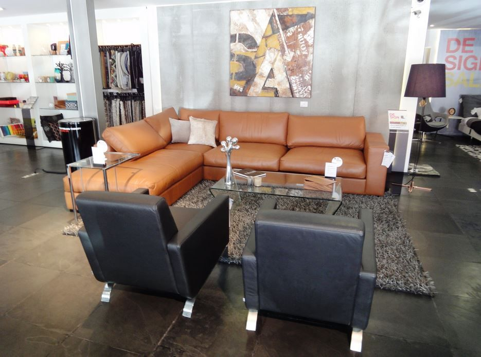 boconcept cenova sofa in caramel bahia leather fly chairs. Black Bedroom Furniture Sets. Home Design Ideas