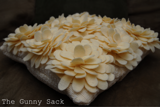 Felt Petal Pillow Tutorial