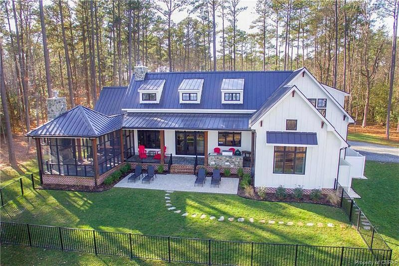 For Sale: A Modern Farmhouse on 6 Waterfront Acres in ...