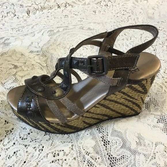 b986d4e5b0d111 Cute Spring Wedge Sandals! Cute Spring Wedge Sandals! Bundle   Save with my  Discount! Bike Shoes Wedges