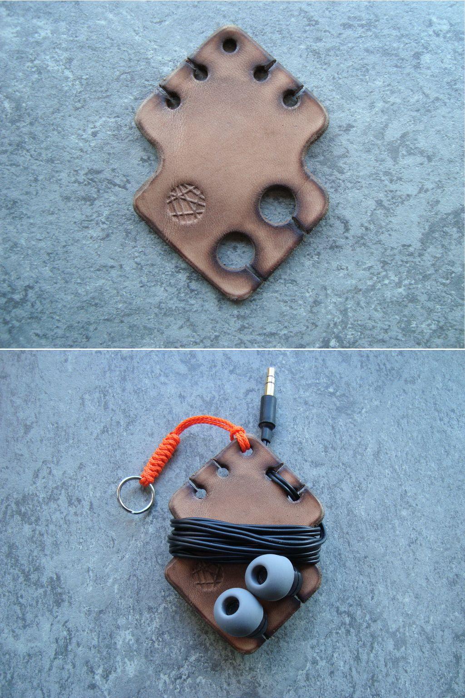 Simple leather earphone holder
