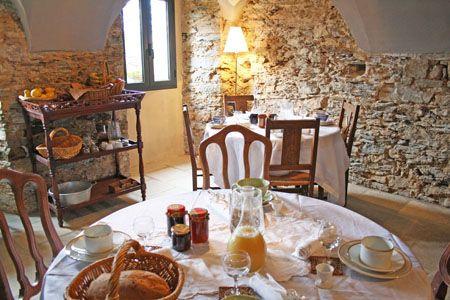 La Casa Bed Di Janick Balbinot A Rapale In Corsica Gite De France Location Chambre Gite