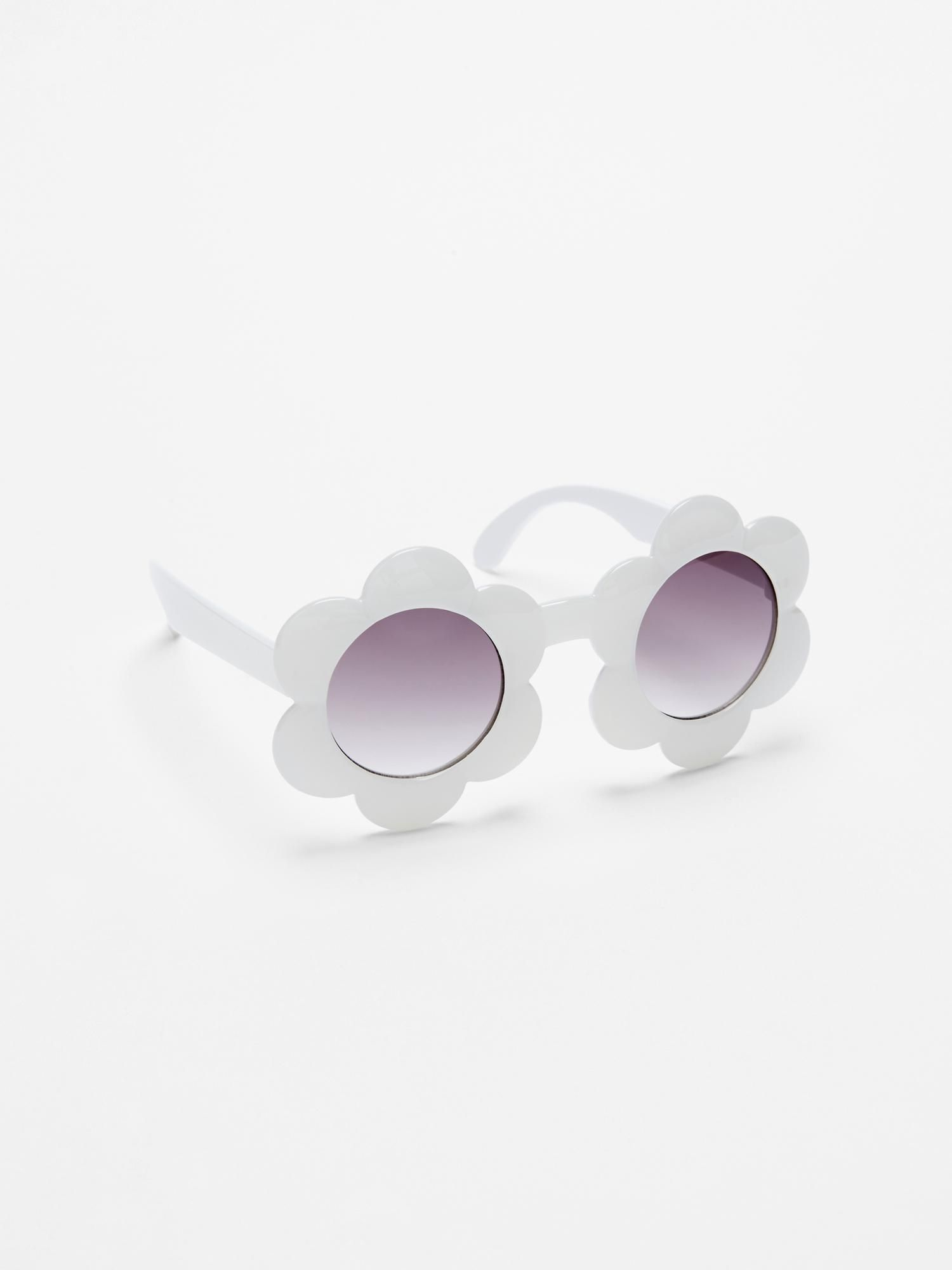 7c46ee57f660c Flower sunglasses