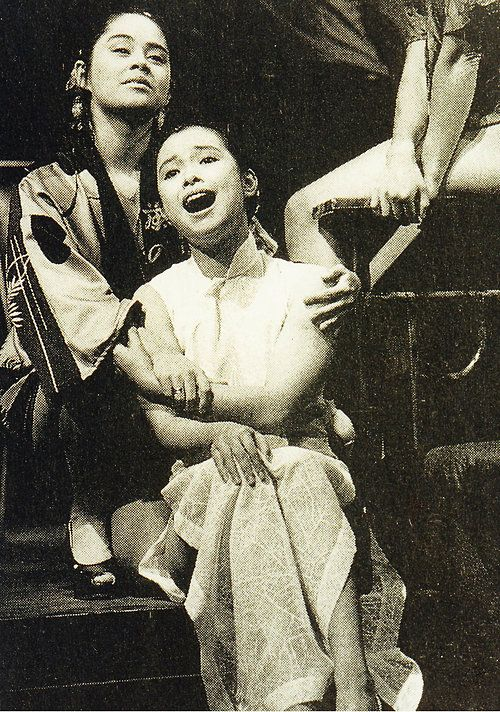 Pin By Daphne Wood On Musicals Miss Saigon Lea Salonga Film Adaptations