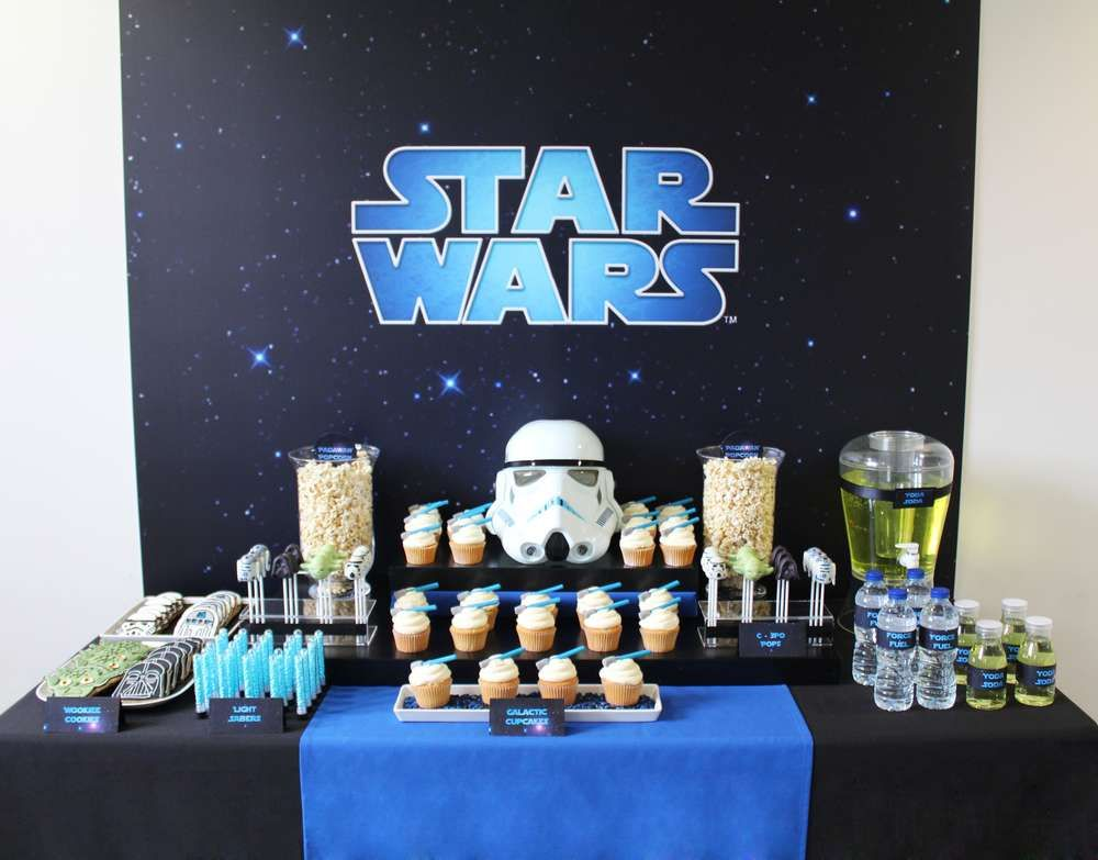 star wars birthday party ideas dessert tables on catch my party pinterest anniversaire. Black Bedroom Furniture Sets. Home Design Ideas