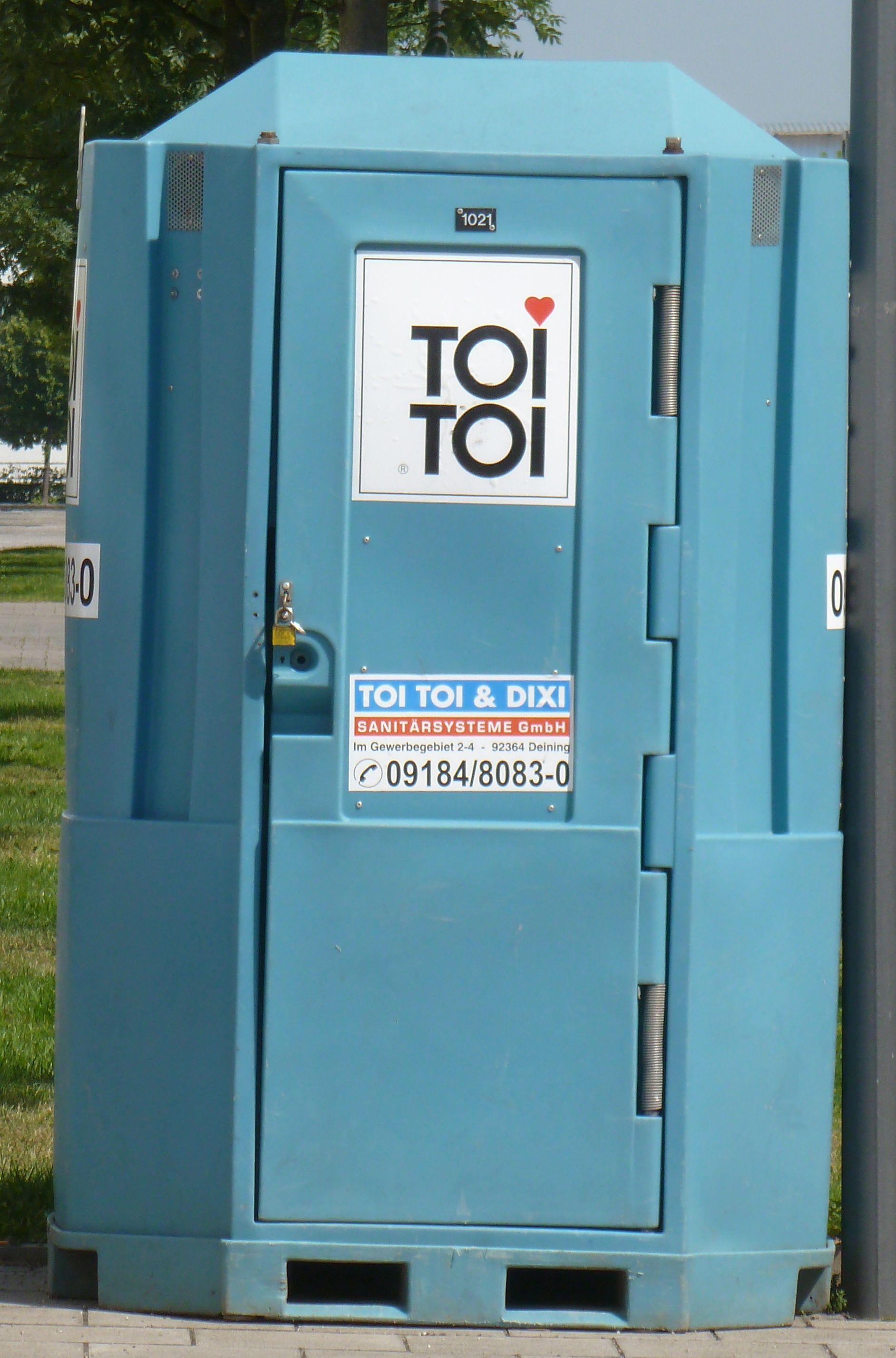 german portapotty Locker storage