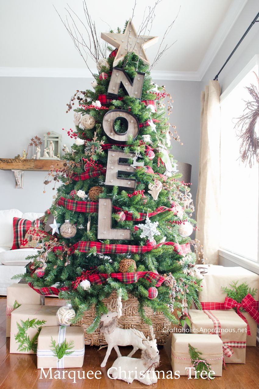 85 Best Christmas Tree Decorations To Try This Year Cool Christmas Trees Outdoor Christmas Decorations Christmas Tree Themes