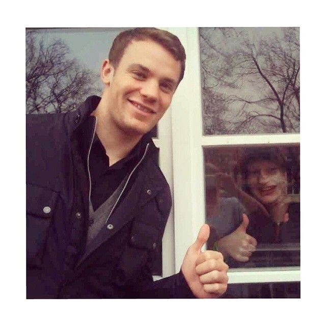 Manuel Neuer in the Manuel Kds Foundation House