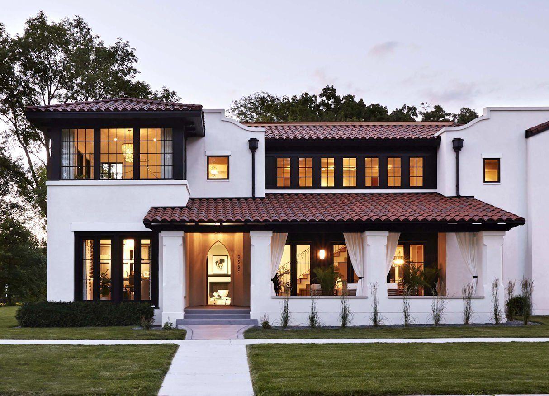 Modern Mediterranean Charlie Co Design Mediterranean House Designs Modern Mediterranean Homes Mediterranean Homes Exterior