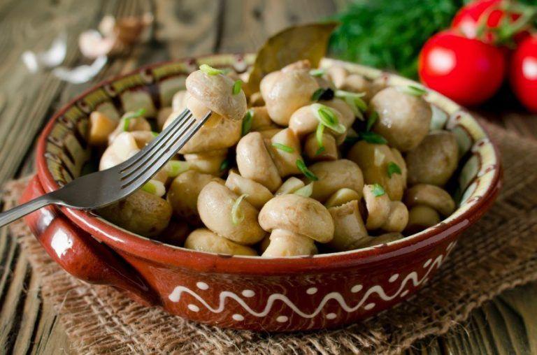 маринованные грибы шампиньоны быстрый рецепт самые вкусные