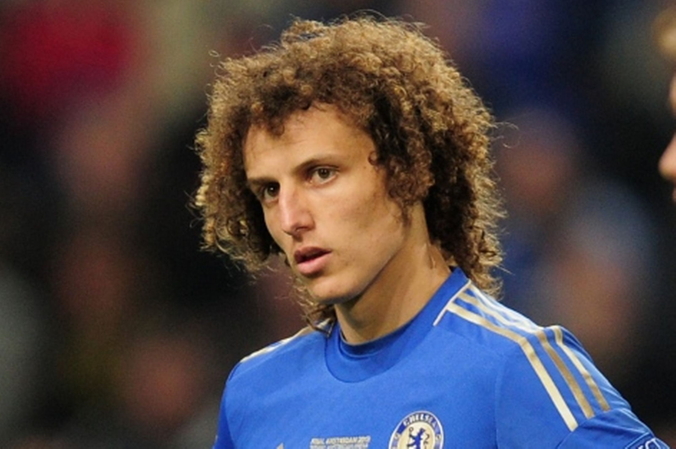 Download David Luiz Defender Chelsea Android Wallpaper