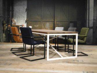 Wit Eiken Tafel : Eiken tafel met wit stalen onderstel furniture design pinterest