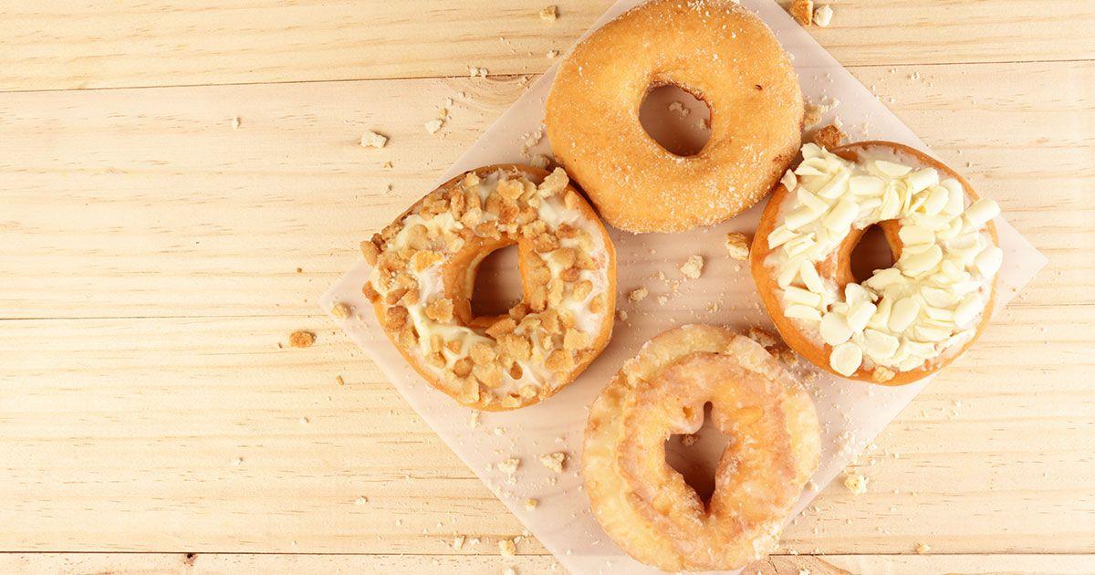 طريقة عمل الدونات من بيت الدونات Food Food And Drink Desserts
