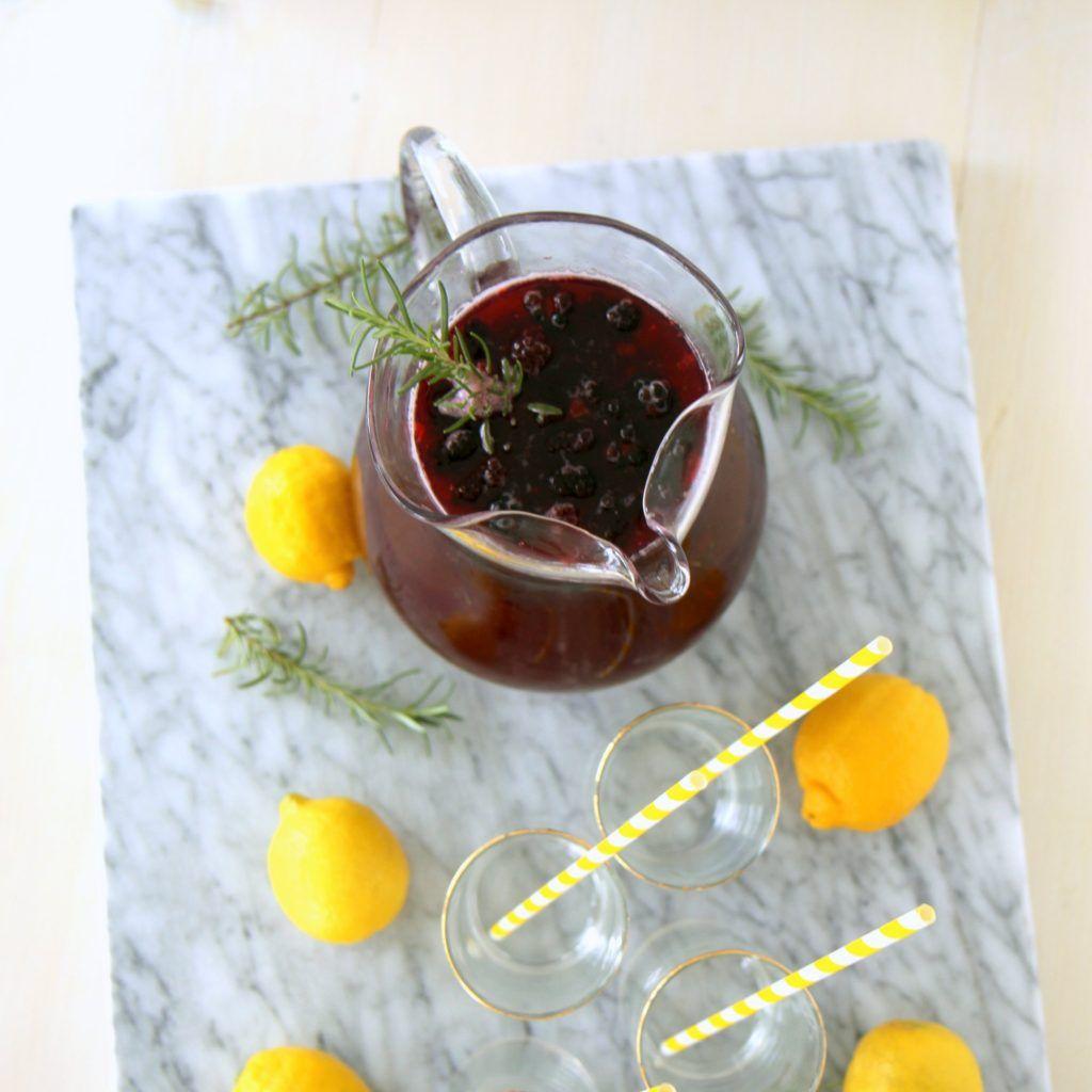blackberry rosemary sparkling lemonade #sparklinglemonade