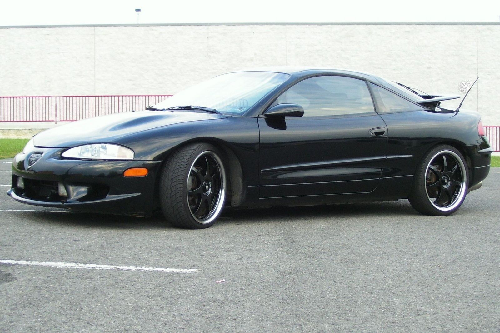 My Old 1997 Eagle Talon Tsi Awd Funny To Find Pics Of My Old Car In