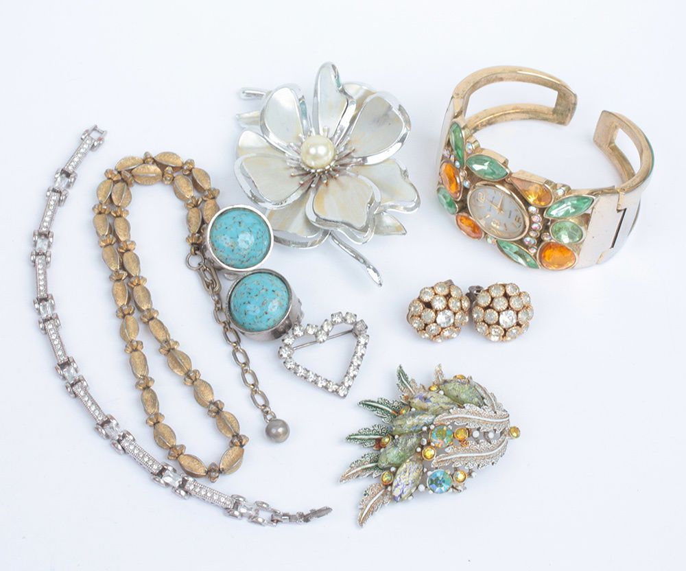 8 Pc Costume Jewelry Lot Vintage Signed Unsigned Craft Repurpose Wear #FrenchLaundry