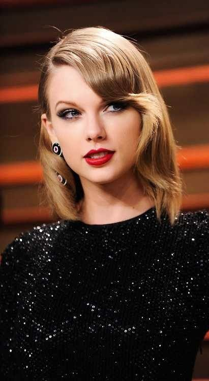Taylor swift taylor swift pinterest taylor swift for Taylor swift coffee shop