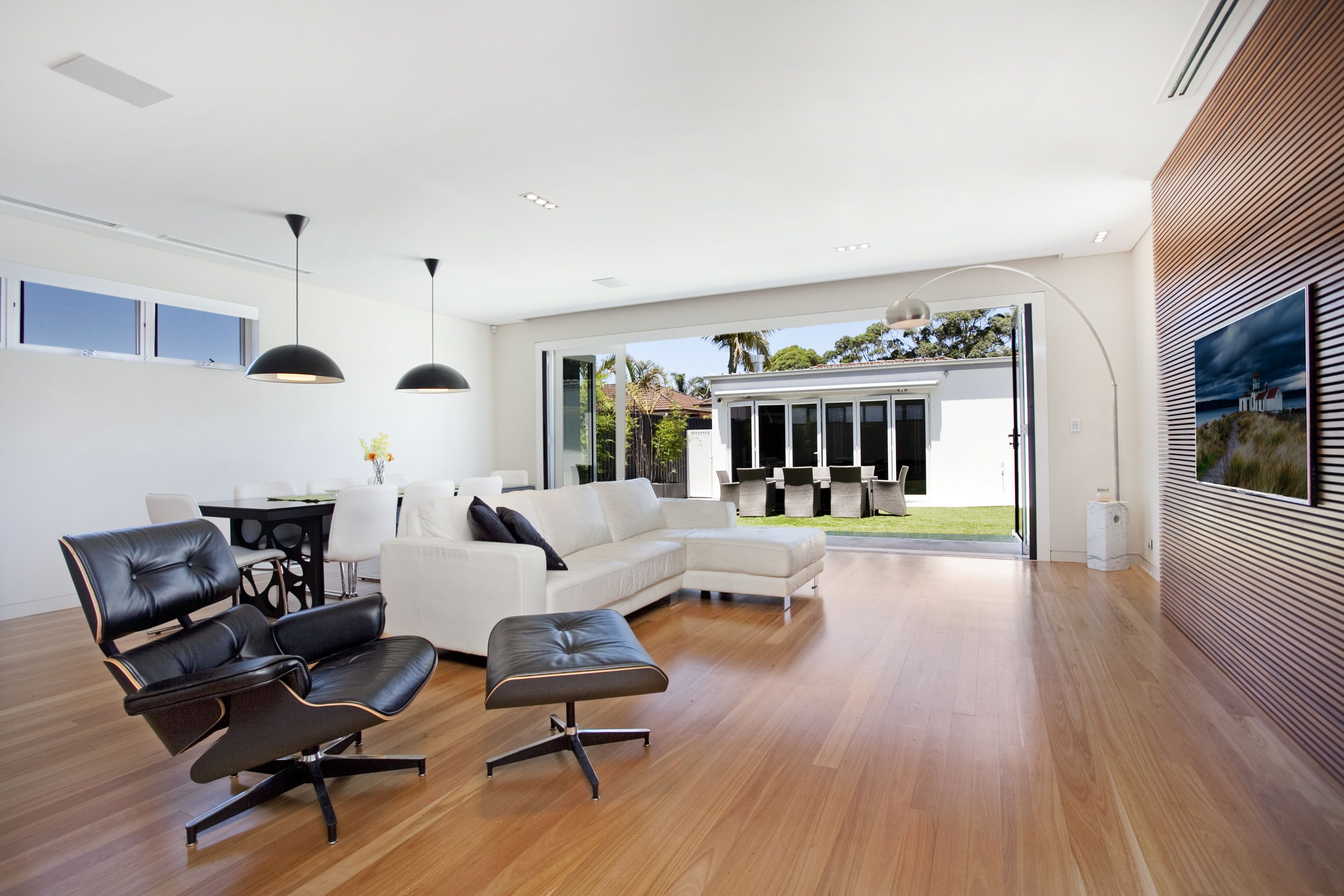 Don't you love the leather chair? #Sydney #Interiordesign #realestate #photography by remaustralia.com