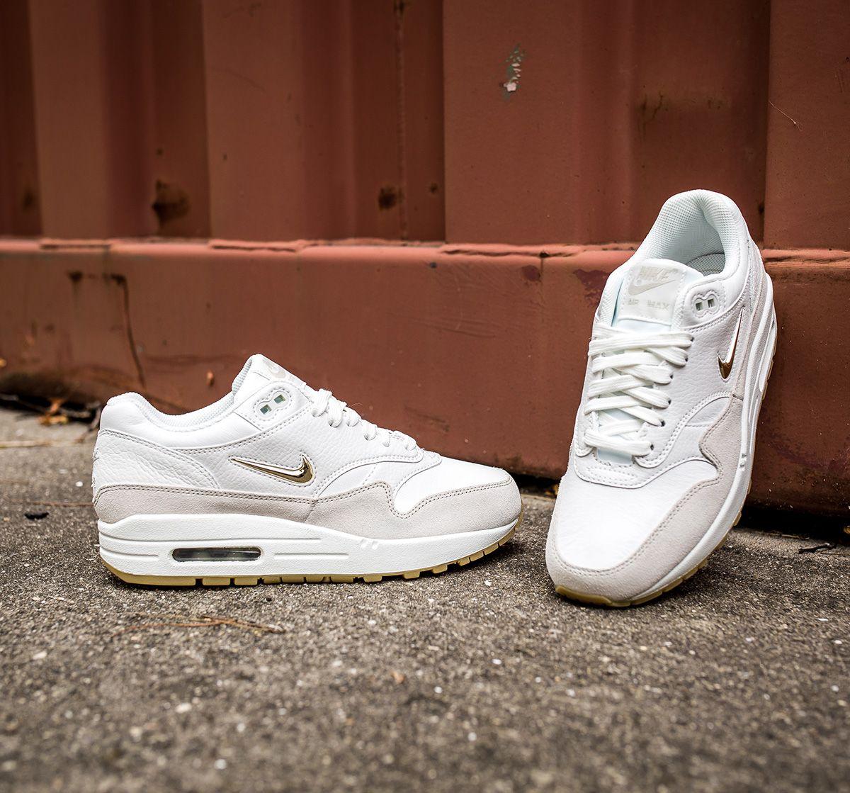 76f2e159904f Nike Air Max 1 Premium SC