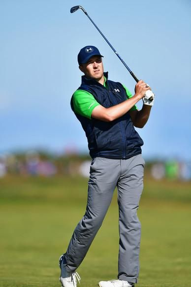Jordan Spieth wearing Under Armour Match Play Golf Pants in Graphite ... 473c7820e