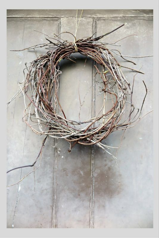 How to make a beautiful Christmas twig wreath from tree trimmings - The Middle-Sized Garden