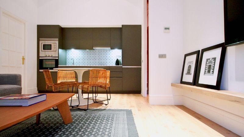 Apartamento turístico. Eixample. | PPT Interiorismo Barcelona design ...