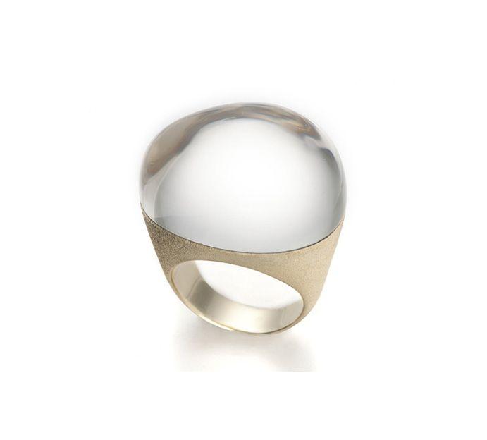 8601e25ee68 H.Stern Joias - Anel de ouro amarelo e ouro branco 18K com cristal de rocha  - Coleção Pedras Roladas